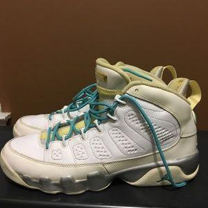 a1265c5b90b5 Girls air Jordan retro 9 size 7y used